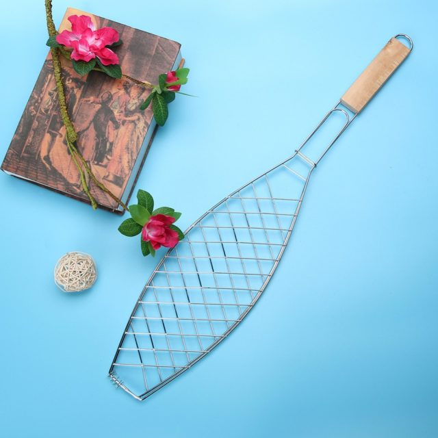 Fish BBQ Grill Rack with Wooden Handle